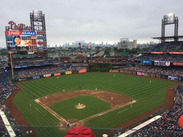 Citizens Bank Park, secção: 419, fila: 3, lugar: 18