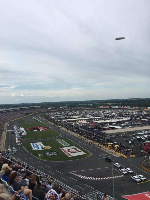 Charlotte Motor Speedway, secção: Ford, fila: 58, lugar: 19
