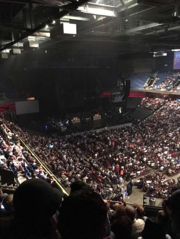 Mohegan Sun Arena, secção: 115, fila: M, lugar: 10