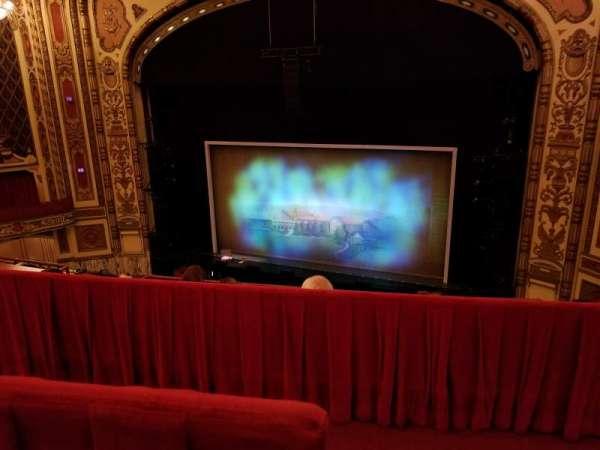 Cadillac Palace Theater, secção: Balcony RC, fila: D, lugar: 328