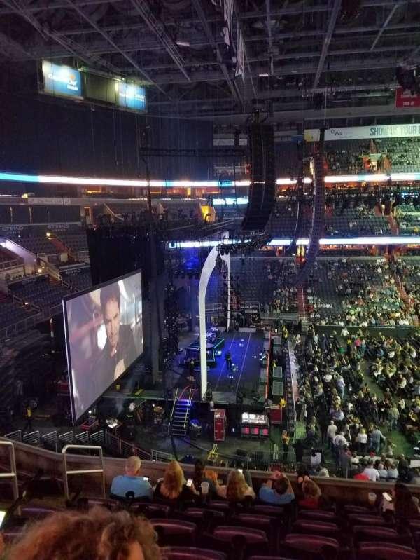 Capital One Arena, secção: 228, fila: H, lugar: 5