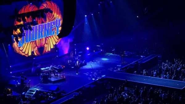Madison Square Garden, secção: 225, fila: 10, lugar: 9