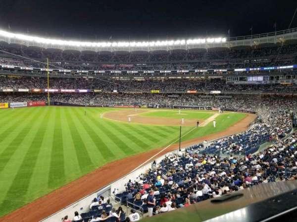 Yankee Stadium, secção: 232A, fila: 1, lugar: 3