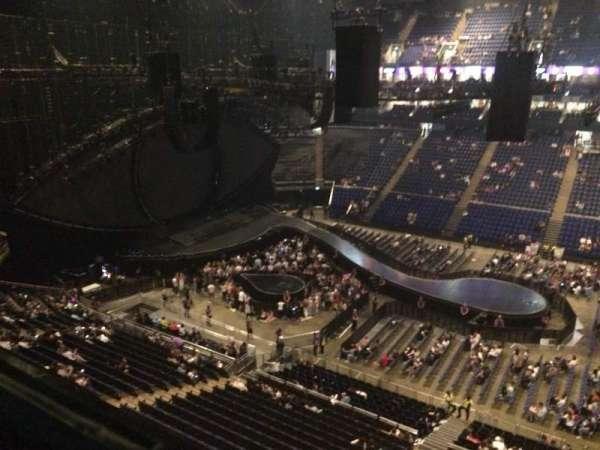 The O2 Arena, secção: 404, fila: A