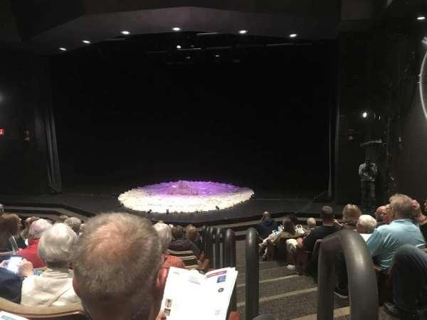 Smith Theatre at Howard Community College, secção: A, fila: J, lugar: 101
