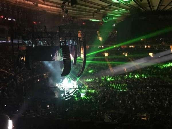 Madison Square Garden, secção: 222, fila: 4, lugar: 4