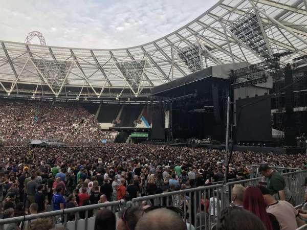 London Stadium, secção: 110, fila: 11, lugar: 263