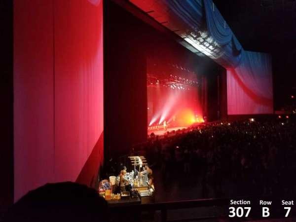 Park Theater at Park MGM, secção: 307, fila: B, lugar: 7