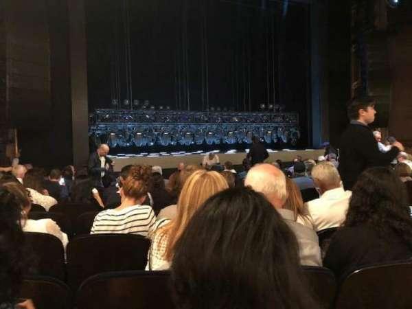 Lunt-Fontanne Theatre, secção: Orchestra, fila: O, lugar: 11