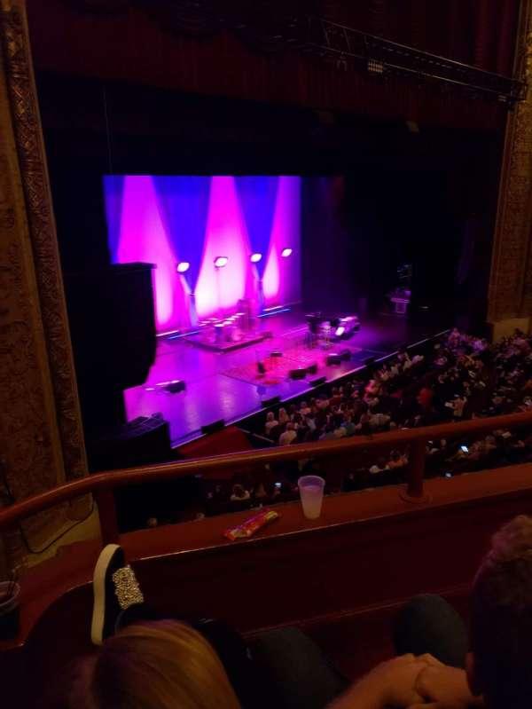 Chicago Theatre, secção: Loge1L, fila: BB, lugar: 105/107