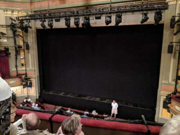 Neil Simon Theatre, secção: Front Mezzanine C, fila: D, lugar: 125