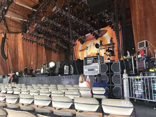 Blossom Music Center, secção: 12, fila: H, lugar: 13