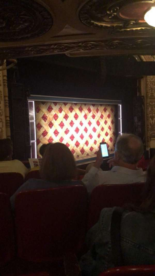 Cadillac Palace Theater, secção: Dress Circle FL, fila: FF, lugar: 11