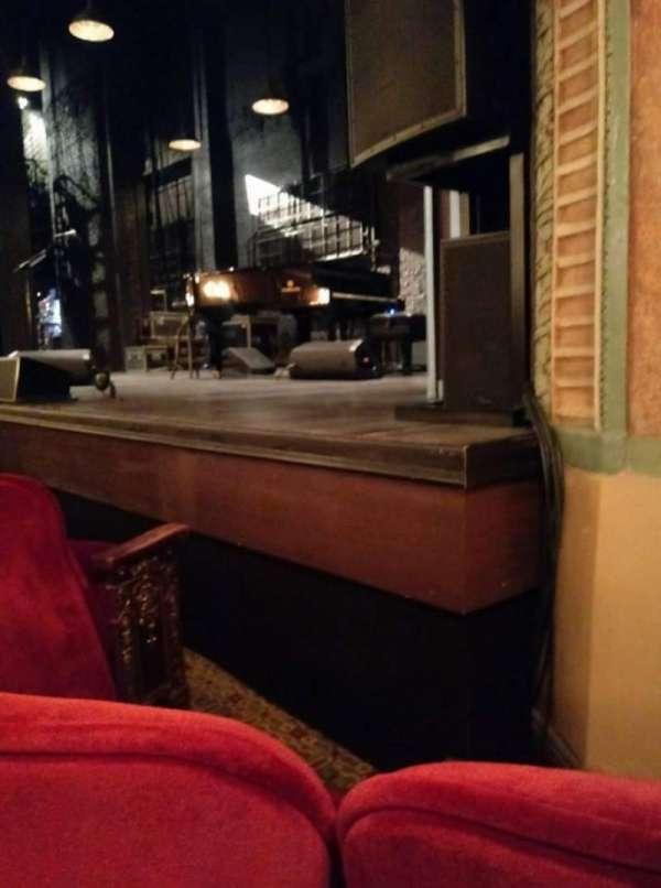 Walter Kerr Theatre, secção: ORCH R, fila: D, lugar: 14