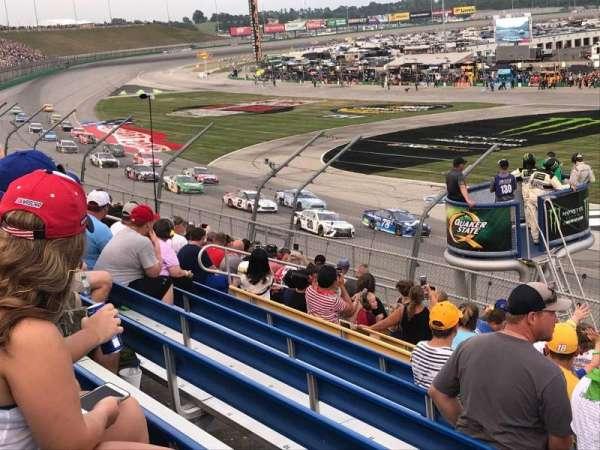 Kentucky Speedway, secção: Grandstand 3M, fila: 11, lugar: 1