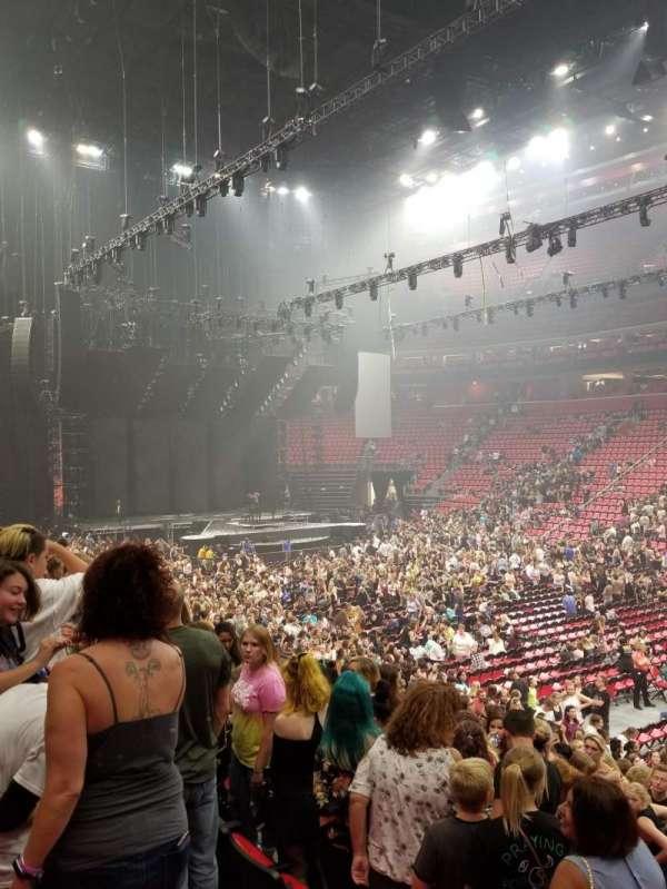 Little Caesars Arena, secção: 119, fila: 14, lugar: 10