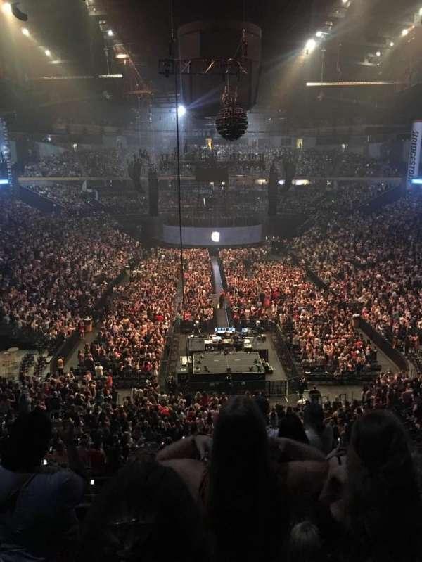 Bridgestone Arena , secção: 202, fila: E or F , lugar: 3