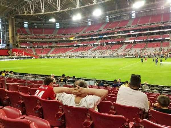 State Farm Stadium, secção: 125, fila: 10, lugar: 18