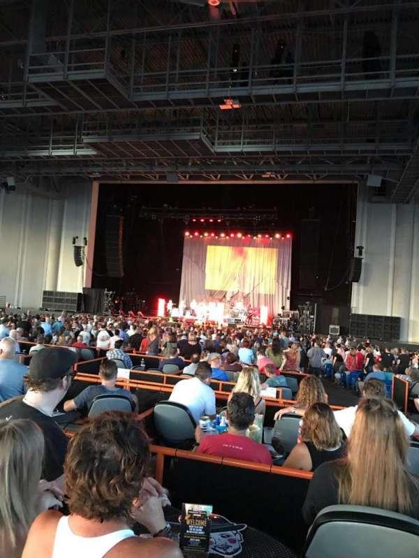 PNC Music Pavilion, secção: VIP 68, fila: 1, lugar: 3