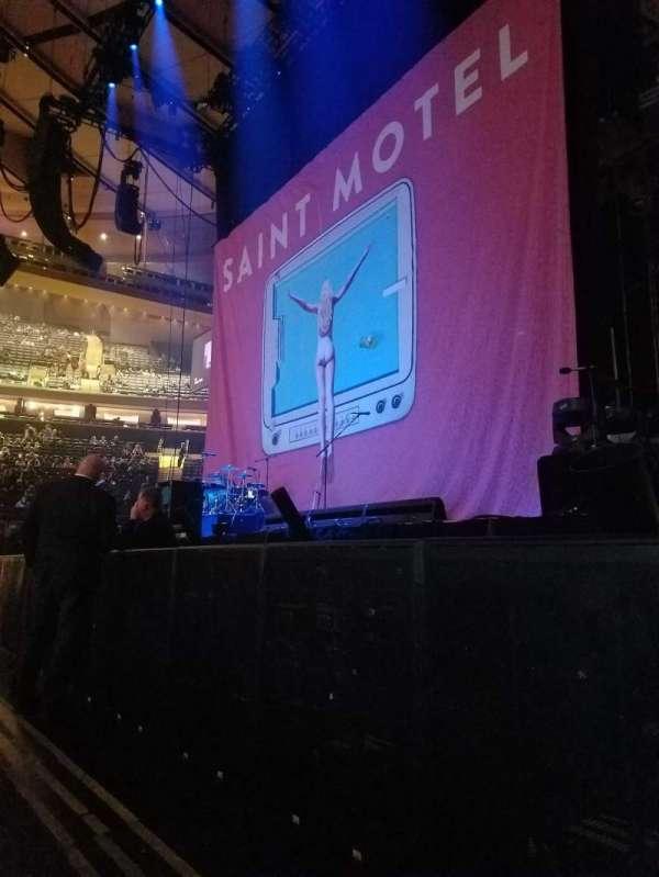 Madison Square Garden, secção: Floor C, fila: 2, lugar: 13