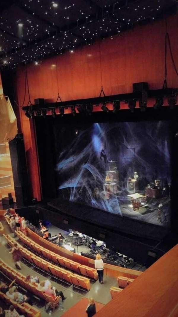 Eccles Theater, secção: second tier, fila: box J, lugar: 4