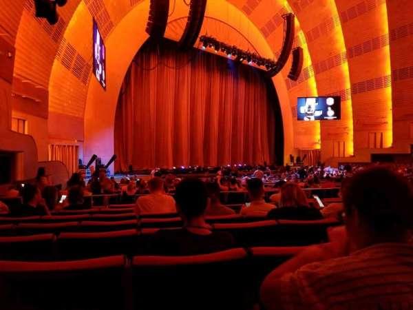 Radio City Music Hall, secção: Orchestra 7, fila: D, lugar: 707