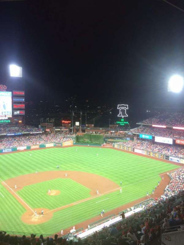 Citizens Bank Park, secção: 419, fila: 16, lugar: 8