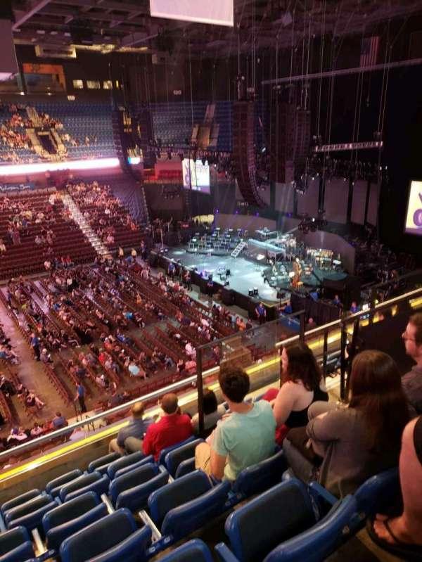 Mohegan Sun Arena, secção: 109, fila: G, lugar: 5
