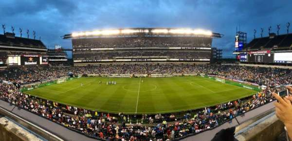 Lincoln Financial Field, secção: C22, fila: 1, lugar: 18
