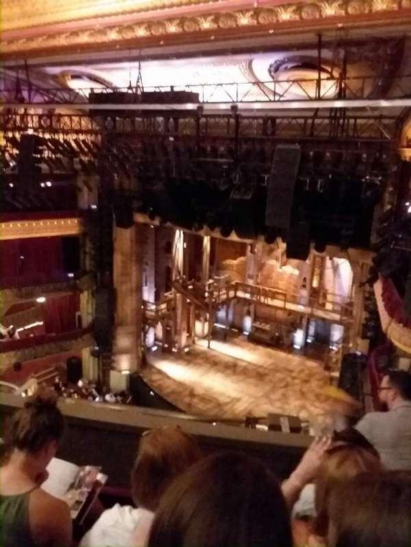 CIBC Theatre, secção: Balcony R, fila: D, lugar: 12
