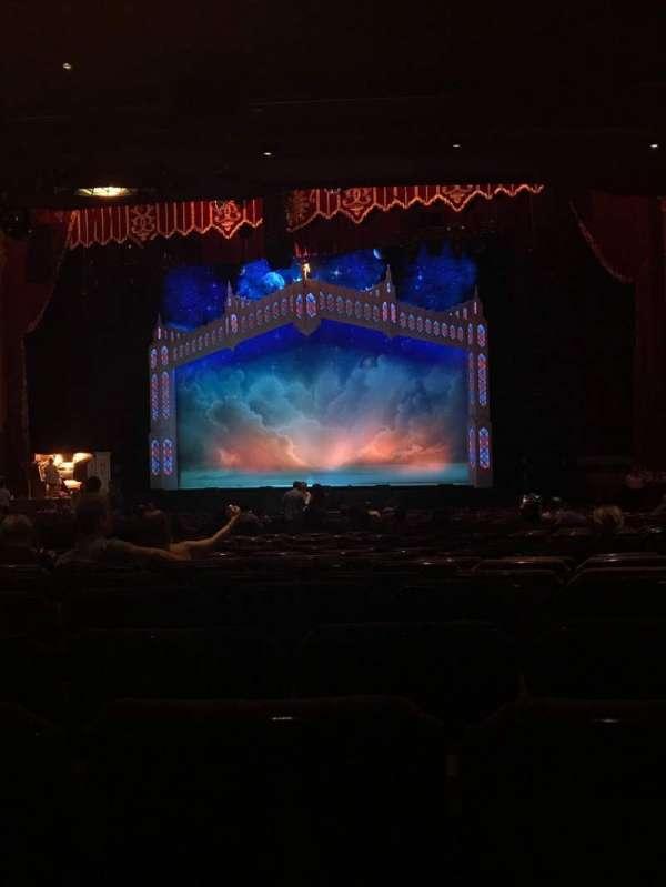 Fox Theatre (Atlanta), secção: Orchestra RC, fila: DD, lugar: 72