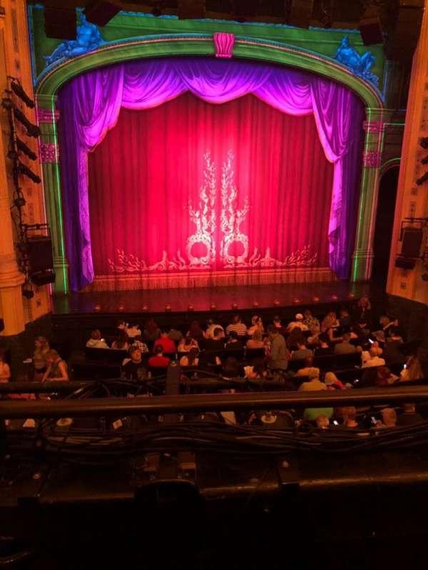Hudson Theatre, secção: Dress Circle C, fila: B, lugar: 102
