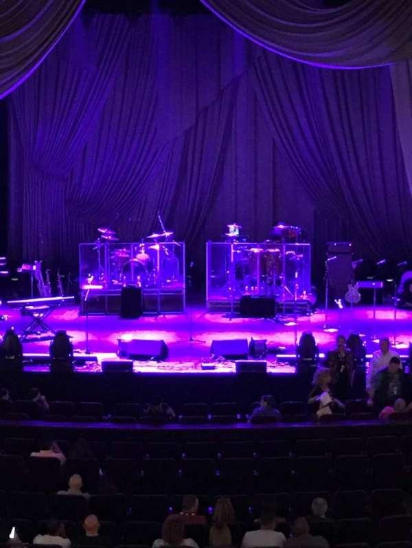Mayo Performing Arts Center, secção: Balcony, fila: A, lugar: 105