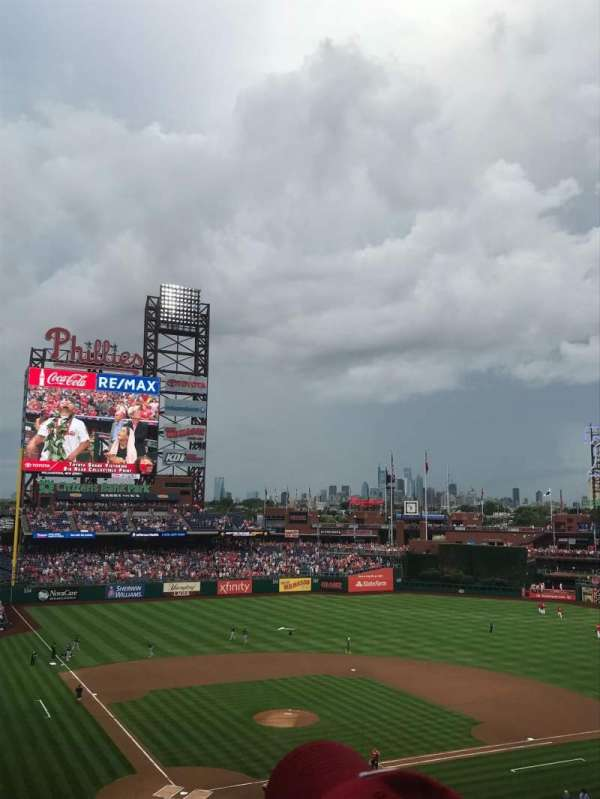 Citizens Bank Park, secção: 219, fila: 6, lugar: 15