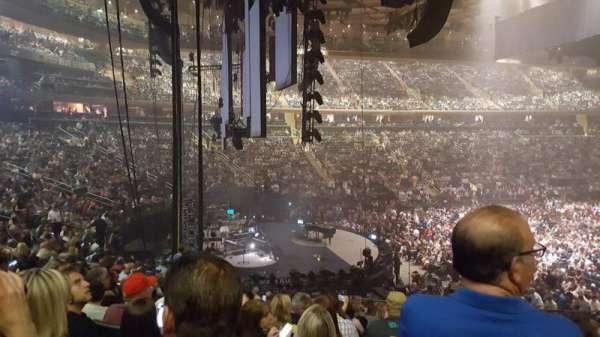 Madison Square Garden, secção: 114, fila: 19, lugar: 20
