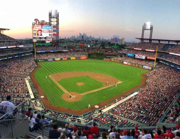 Citizens Bank Park, secção: 419, fila: 1, lugar: 18