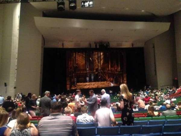 Des Moines Civic Center, secção: 6W, fila: CC, lugar: 26