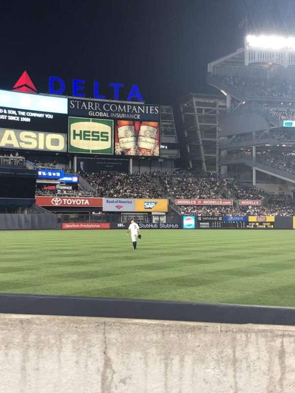 Yankee Stadium, secção: 130, fila: 2, lugar: 5