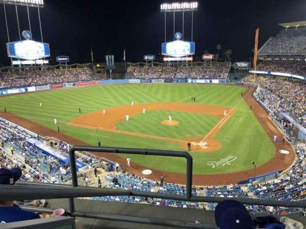 Dodger Stadium, secção: 5RS, fila: 3, lugar: 20