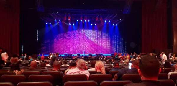 Microsoft Theater, secção: Orchestra center, fila: W, lugar: 113