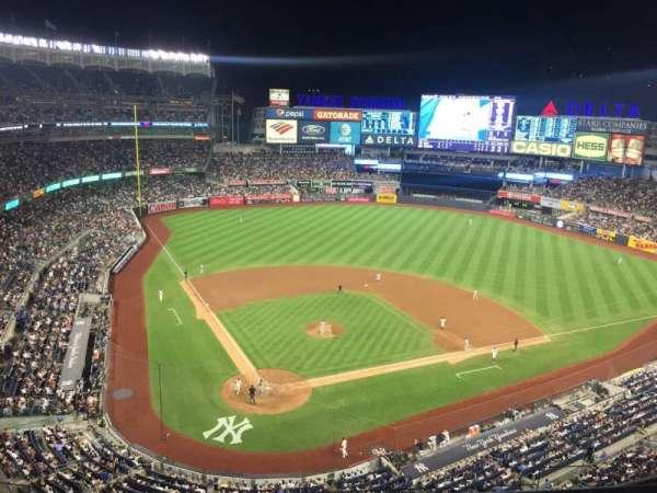 Yankee Stadium, secção: 419, fila: 1, lugar: 16
