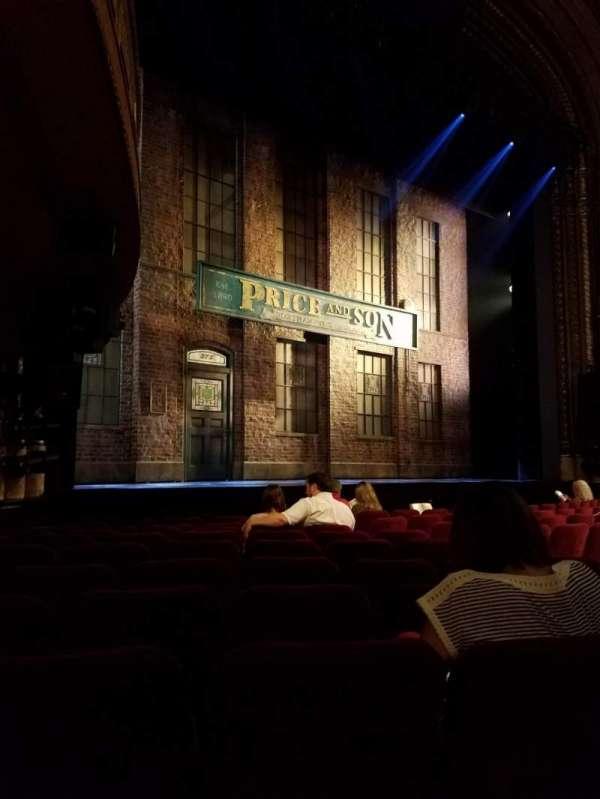 Al Hirschfeld Theatre, secção: Orchestra L, fila: K, lugar: 17