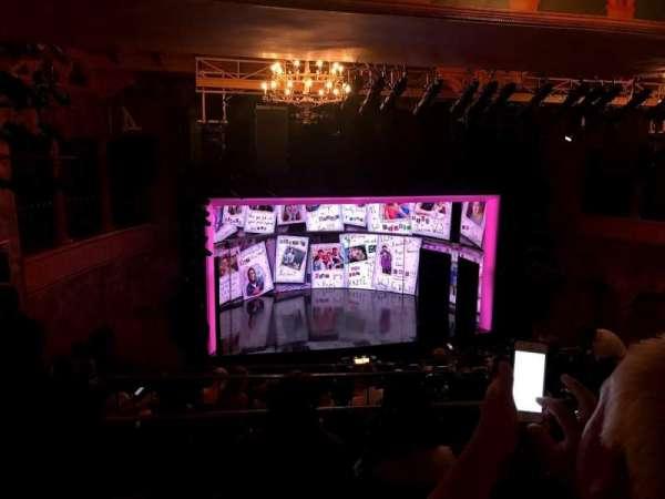 August Wilson Theatre, secção: Mezzanine L, fila: L, lugar: 9