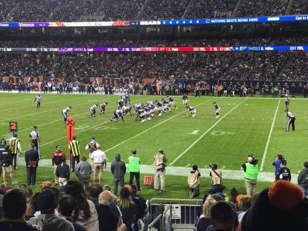 Soldier Field, secção: 104, fila: 14, lugar: 1