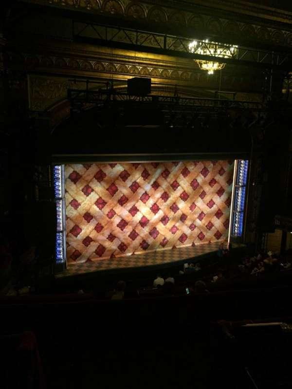 Brooks Atkinson Theatre, secção: Rear Mezzanine L, fila: G, lugar: 5