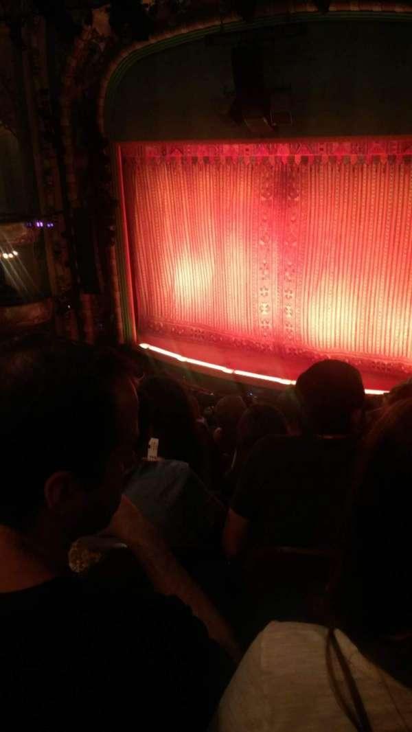 New Amsterdam Theatre, secção: Mezzanine R, fila: KK, lugar: 22