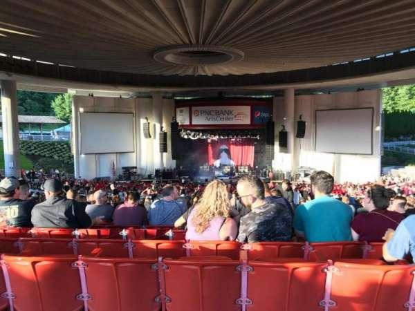 PNC Bank Arts Center, secção: 403, fila: A, lugar: 128