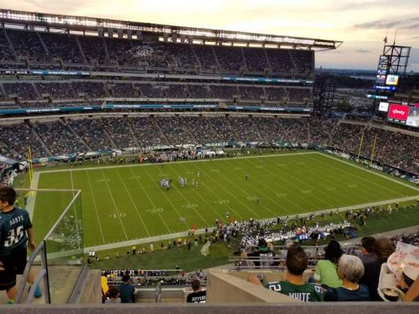 Lincoln Financial Field, secção: 222, fila: 9, lugar: 24
