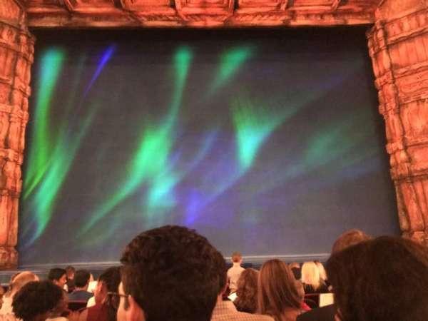 St. James Theatre, secção: Orchestra C, fila: H, lugar: 108