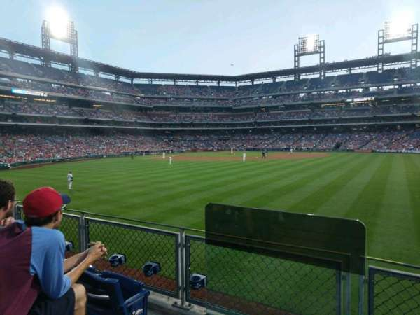 Citizens Bank Park, secção: 101, fila: 3, lugar: 15